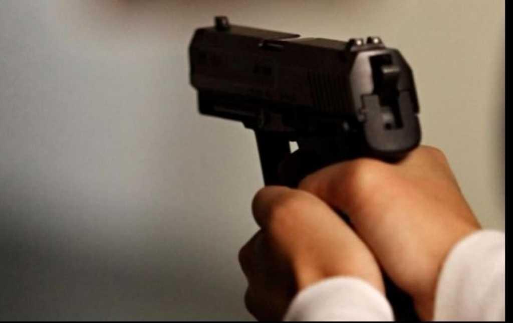 Сын генерала и известный депутат устроили кровавую стрельбу посреди Франковска. И это на глазах у детей!