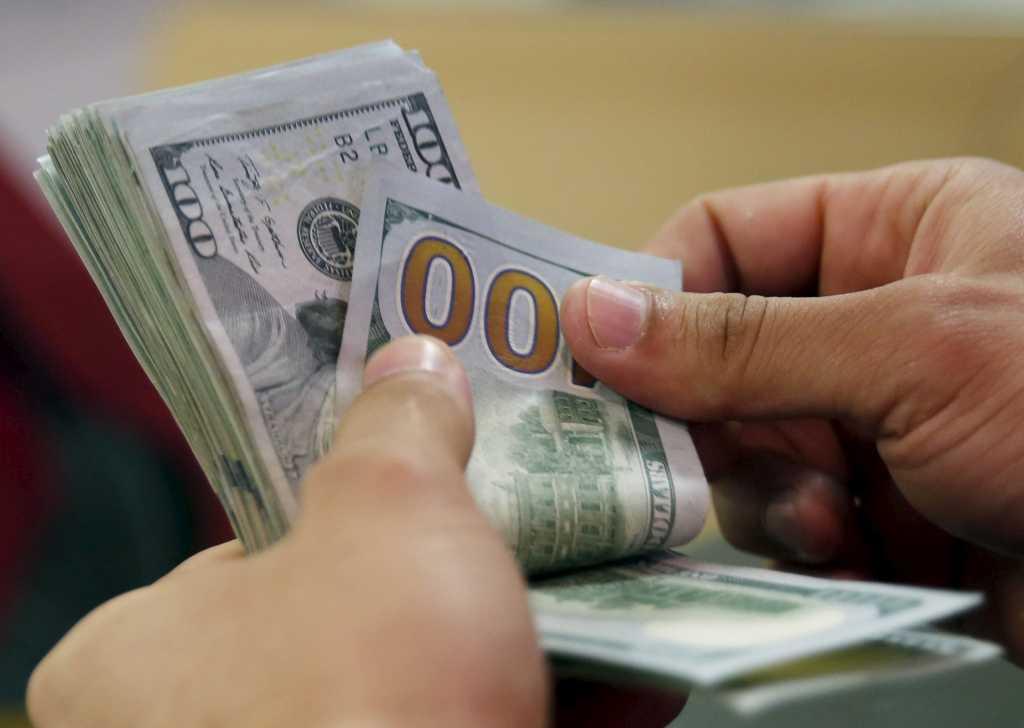 Менять доллары или гривны? Новый законопроект «О валюту» изменит жизнь каждого украинского. Вы должны это знать!