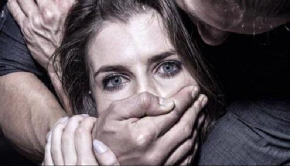 В Черкассах поймали мужчину который у лесополосы изнасиловал женщину, а после …