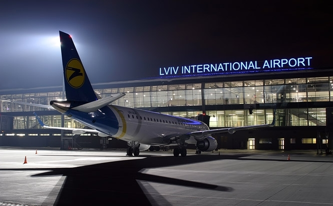 И лоукостов не нужно! Известного чиновника аэропорта «Львов» задержали на просто заоблачной взятке