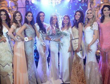 «Перед выступлением устроили показ бюджетной хвойдарни, одна сразу в халате пришла»: шокирующие подробности о конкурсе «Мисс Украина Вселенная»