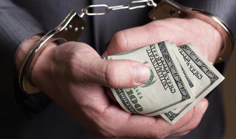 От суммы этой взятки глаза на лоб полезут! Задержан известный полицейский. Он такое требовал