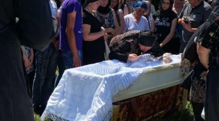 «Скрыть следы преступления помогали мама и брат»: Криминалист рассказала о версии убийства выпускницы. Неужели посадят целую семью?
