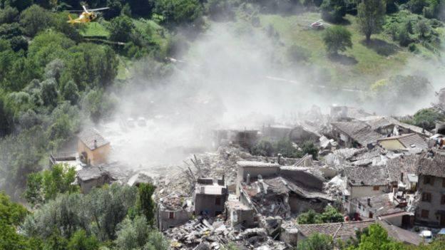«Казалось начался конец света» Известный курорт всколыхнул мощное землетрясение. Есть погибшие