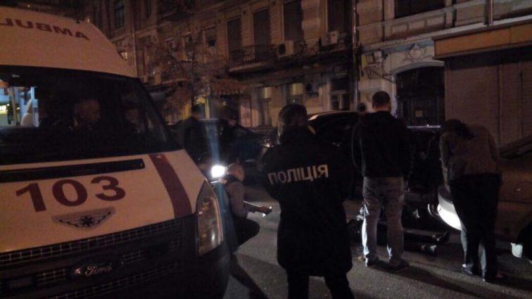 На глазах у прохожих: В Киеве прямо на улице расстреляли мужчину. Детали инцидента заставят вас вздрогнуть