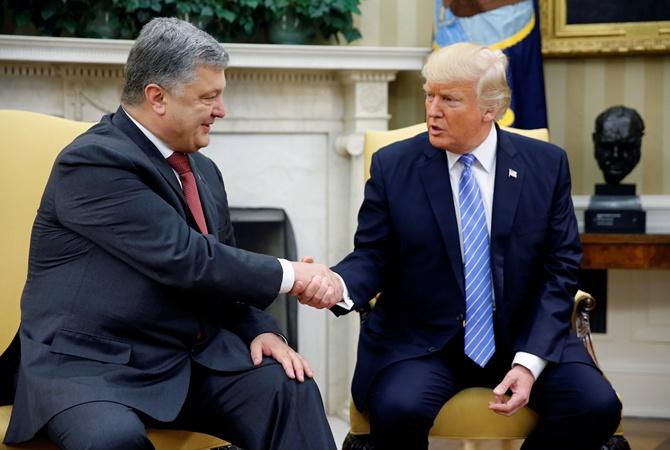 «До полного освобождения…»: Порошенко очень эмоционально отреагировал на подписание Трампом закона о санкциях против РФ. Это надо услышать каждому!