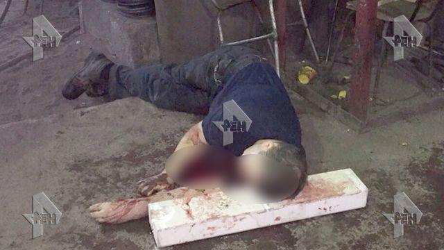 «Люди пришли на работу и были убиты в первые минуты рабочей смены» — В России на заводе произошла кровавая резня. Эти кадры не для слабонервных (18+)