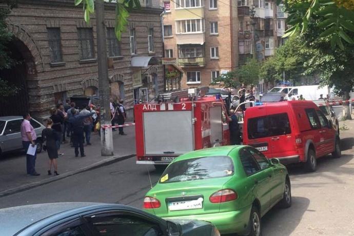 «Хотели подорвать всю семью»: в Николаеве пытались уничтожить скандального депутата