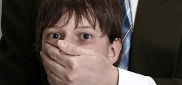 ШОК!!! На Харьковщине 42-летний инвалид развращал двух малолетних мальчиков на протяжении пяти лет