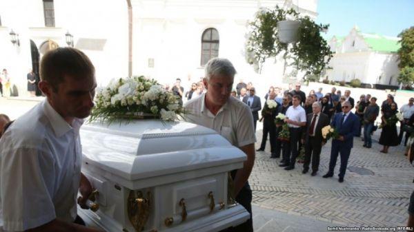 VIP-место рядом с… Стало известно около кого похоронили Ирину Бережную. Такого украинцы точно не ждали