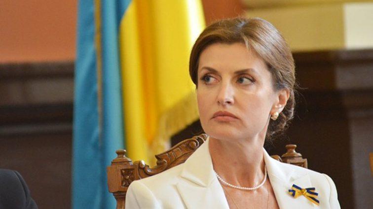 Марина-стайл: Жена Петра Порошенко ошеломила своим нарядом всю Украину. Никогда не поверите, сколько стоит эта блузка!