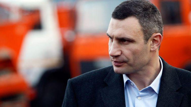 Известного чиновника задержали на взятке. А Кличко знает, чем занимаются его подчиненные?