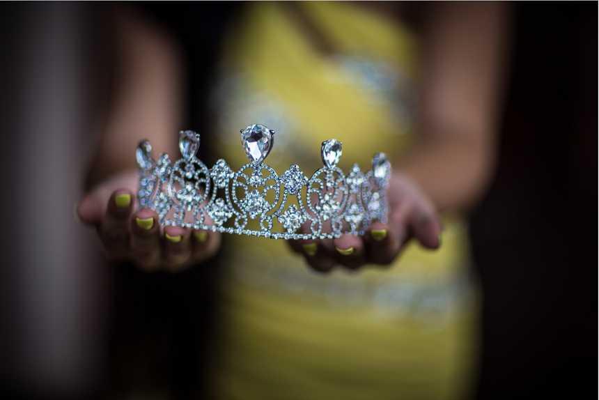 Такая красивая, что даже страшно… В Киеве выбрали Мисс Украина Вселенная-2017, появились ее пикантные фото и интересные подробности, а ей всего 18 лет