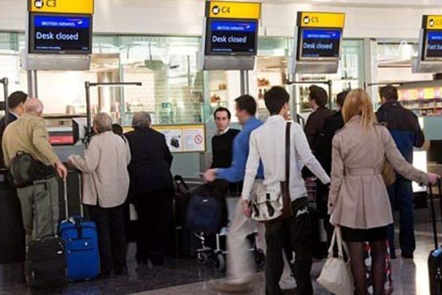 Массово задерживают украинских работников за границей! Что же они натворили?
