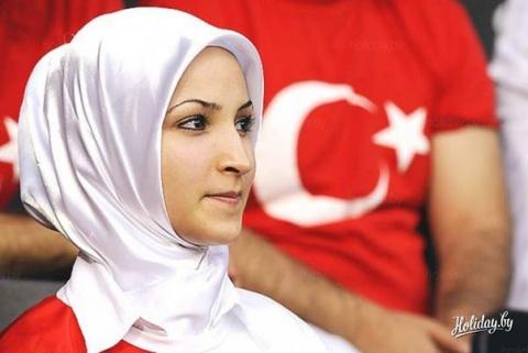 «На работу только после …», — Украинка рассказала настоящие реалии брака с турком. Таких шокирующих фактов вы точно не ожидали