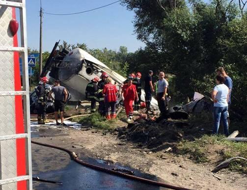 Масштабы впечатляют: Жуткое смертельное ДТП в Тернополе, последствия которого ужасают