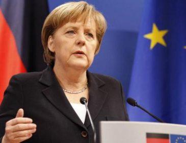 Она это серьезно? Меркель сделала громкое заявление об отношениях с Россией. Упасть можно от этих слов