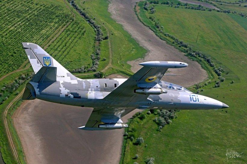 «Пытались избежать падения на населенные пункты…»: Подробности трагедии под Хмельницким. Пилоты просто …