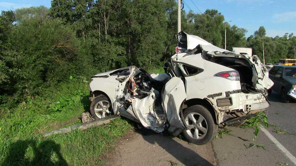 Машину просто разнесло на куски: Тест драйв на трассе закончился смертельным ДТП! Реакция представителей доводит до истерики (ВИДЕО)