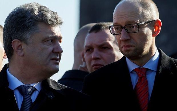 Они точно что-то задумали: Стало известно о тайных переговорах между Порошенко и Яценюком. От деталей с ума сойти можно