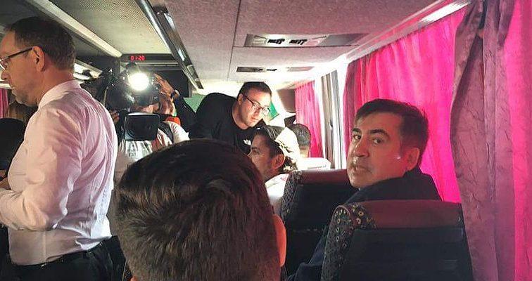 «Только барыга может до такого додуматься!»: Порошенко отдал приказ для остановки Саакашвили. Возмущению депутата нет предела