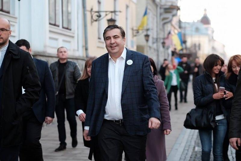«Я вернулся сюда для того…»: Саакашвили сделал шокирующее заявление в Черновцах. Люди аж рты открыли от услышанного