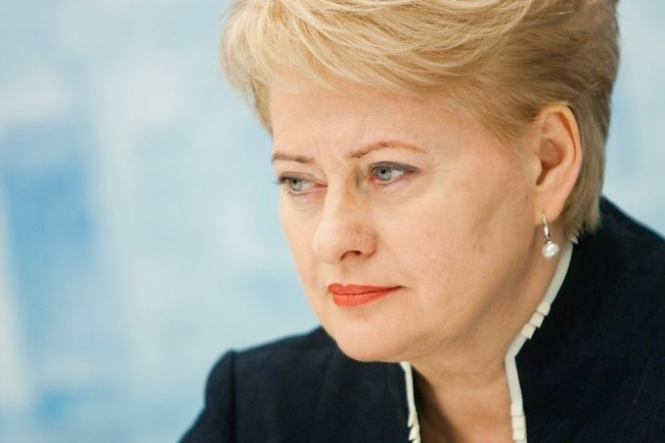 «Становишься на колени и выполняешь»: президент Литвы Даля Грибаускайте сделала ошеломляющее заявление после встречи с Путиным, все украинцы от этого в шоке