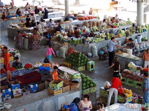 Сходил за покупками… В Полтаве нашли мертвого мужчину прямо посреди рынка, что же случилось?