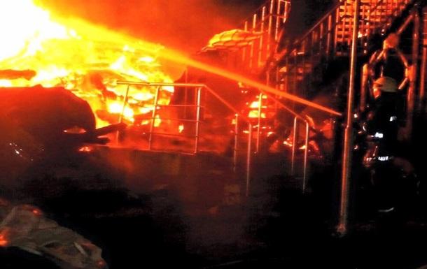 Даже воды не было: Пожарные выложили видео тушения страшного пожара в одесском лагере. Эти кадры ужасают (ВИДЕО + 18)
