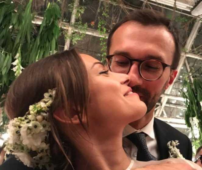 Найем с загадочной блондинкой: Появились эксклюзивные фото со скромной свадьбы Лещенко. Только посмотрите, где они гуляли