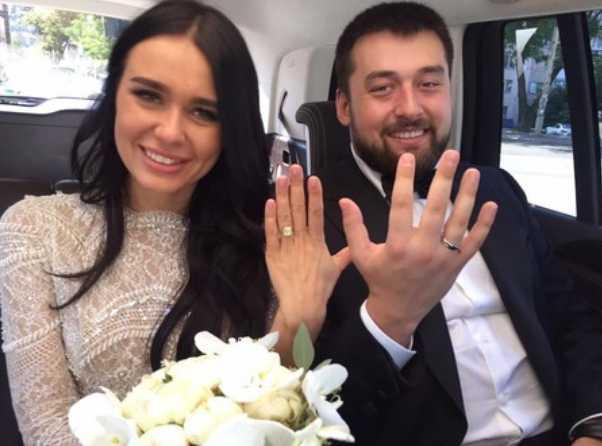 Два года соблазняла … Появились откровенные фото новоиспеченной невестки Луценко и подробности их отношений. Не так она уже и простая