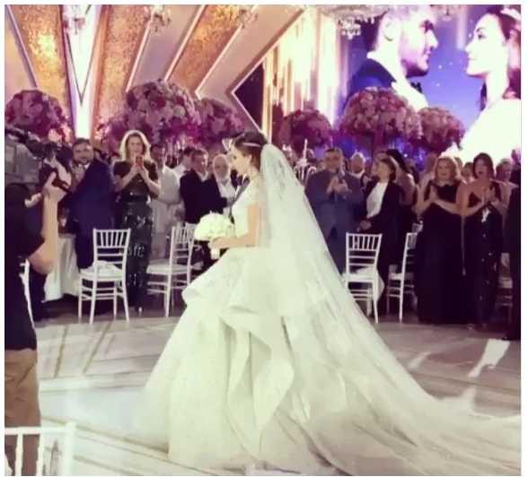 Безобразие !!! Как народный артист Украины «куражился» на свадьбе сына российского олигарха. Такой тусовки еще мир не видел