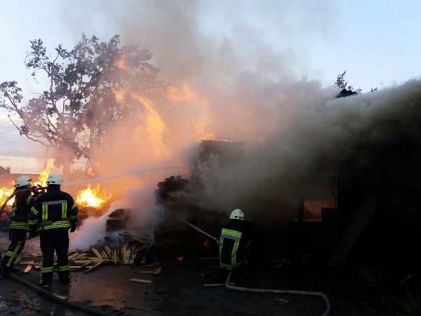 Пожар и потоп: страшная беда накрыла Харьков!!! Появилось видео, что там творилось
