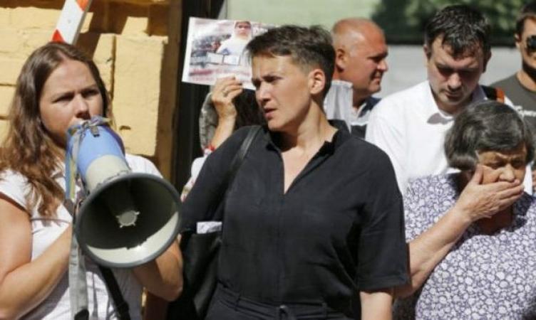 «Не помогли даже ремни безопасности»: Савченко вместе с сестрой попали в страшное ДТП. Детали шокируют
