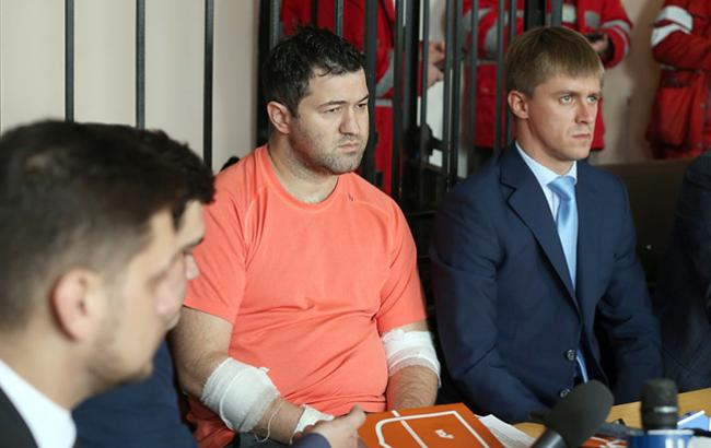 Как «больной» Насиров расслабляется в модном клубе Киева. Только посмотрите с кем он и что вытворяет…