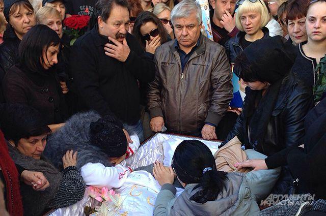 Убийство растянули на два дня: в Лисичанске четверо мужчин жестоко убили своего приятеля, от подробностей волосы дыбом встают