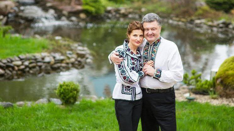 Весь мир аплодирует стоя !!! Супруги Порошенко ошеломили своим видом на открытии «Игор непокоренных». Глаз не отвести