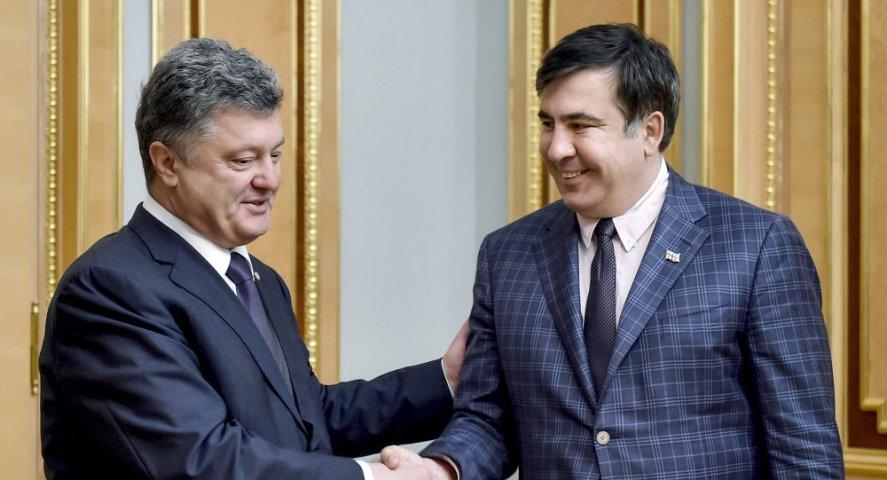Дождались! Порошенко наконец рассказал, почему лишил Саакашвили гражданства. Вы будете шокированы