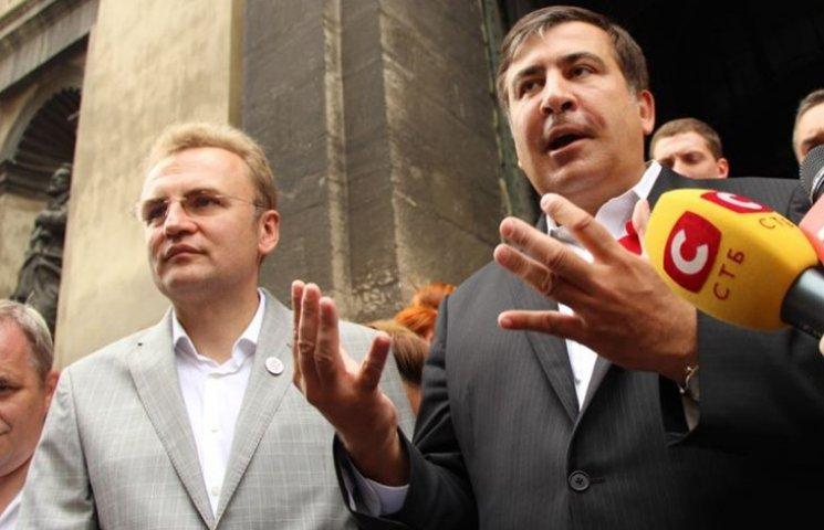 Стали известны детали тайной беседы Садового и Саакашвили в ночь прорыва. Только не падайте