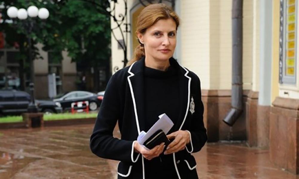 Он большего и не стоит: Стало известно, сколько Марина Порошенко заплатила за «президентский подарок» для мужа