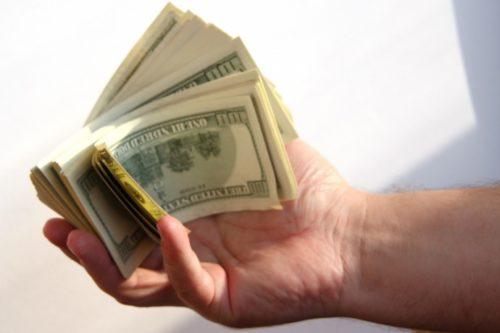 Новая мошенническая схема всколыхнула Украину: как жертв обманывают при обмене валют и как уберечься
