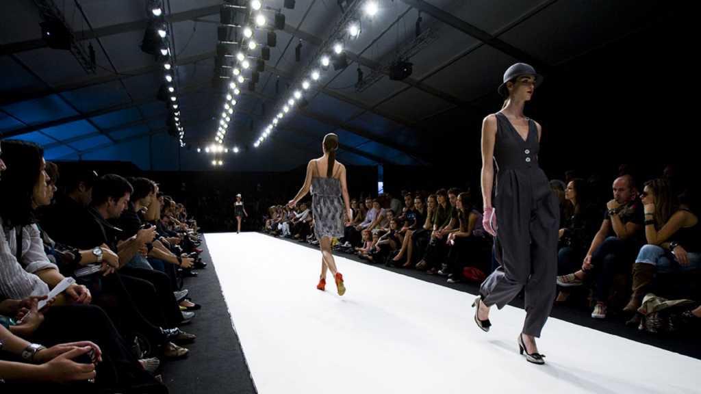 Что за резня? Мир шокирован тем, как показ мод превратился в кровавое месиво. То, что там творилось поразило устойчивых