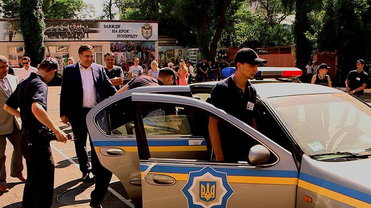 СРОЧНО! Появилось видео с «отеля Саакашвили…»: Большое количество правоохранителей и пограничников они просто