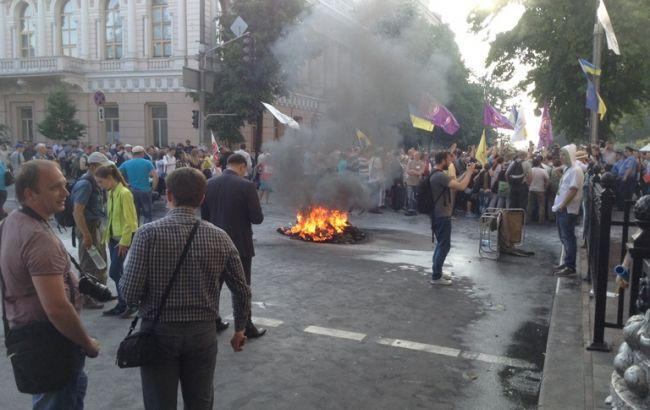 Там ТАКОЕ творится!!! Заблокировано центр Киева, под Радой массовый протест, что же произошло?