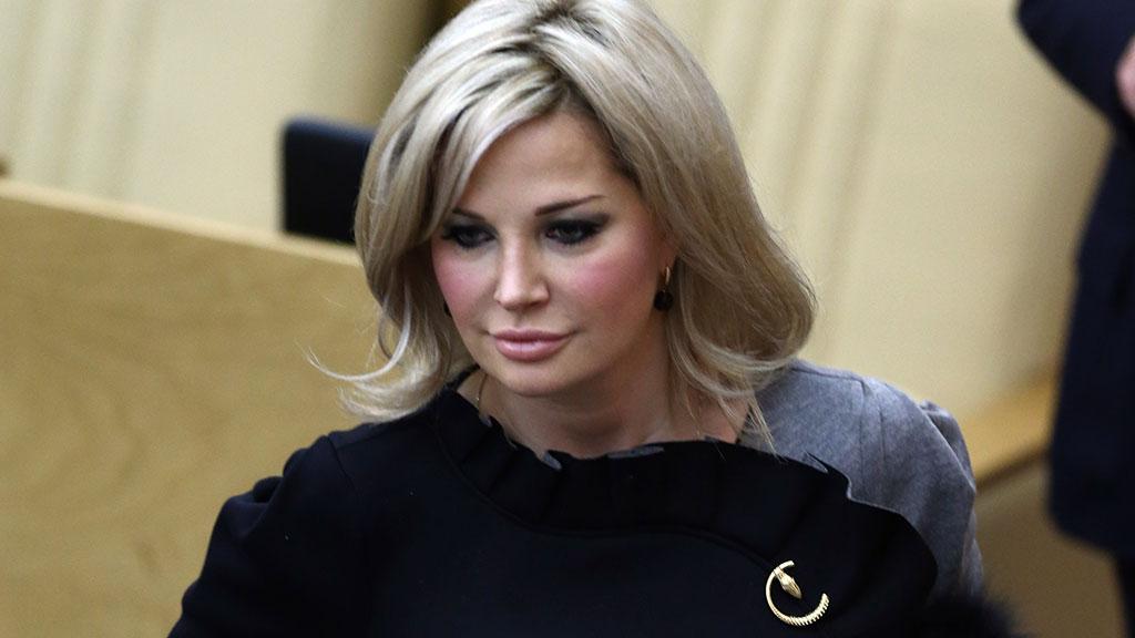 «Прошу психиатров обследовать ее и лечить»: вдову Вороненкова унизили и хотят отправить в Россию, а все из-за…