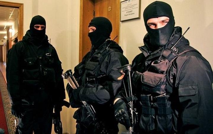 Берут под контроль! В Одессе СБУ проводит масштабные обыски из-за пожара в лагере «Виктория»