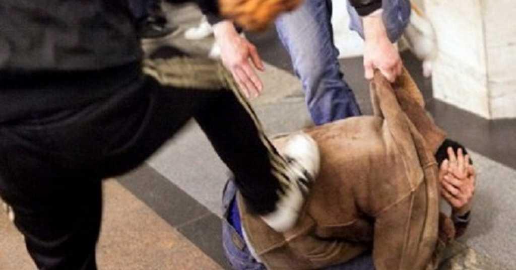 Танцевал голый за выпивку: на Харьковщине группа молодых парней жестоко поиздевалась, а потом зверски убила мужчину