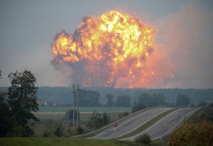 Второй Чернобыль? Украинские предупредили об ужасных последствиях пожара в Калиновке, исход может быть летальным