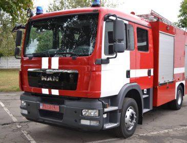 На прежнем винзаводе во Львове произошел масштабный пожар, опубликованные фото