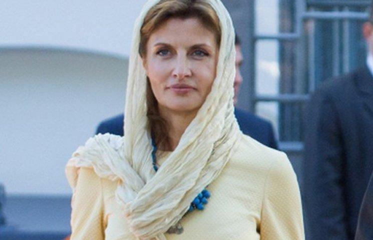 «Настоящая первая леди»: Марина Порошенко появилась на публике в элегантном образе и на каблуках…